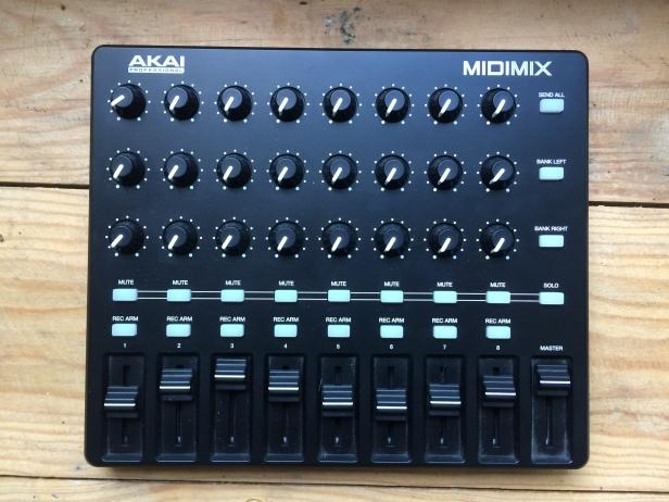 akai-midimix-2312529